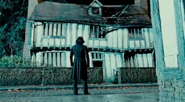 Severus Snape pri dome v Godricovej Úžľabine