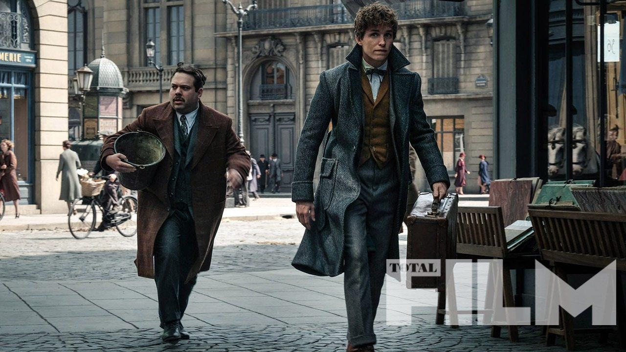 Nová fotka z filmu opäť spája Newta a Jacoba!