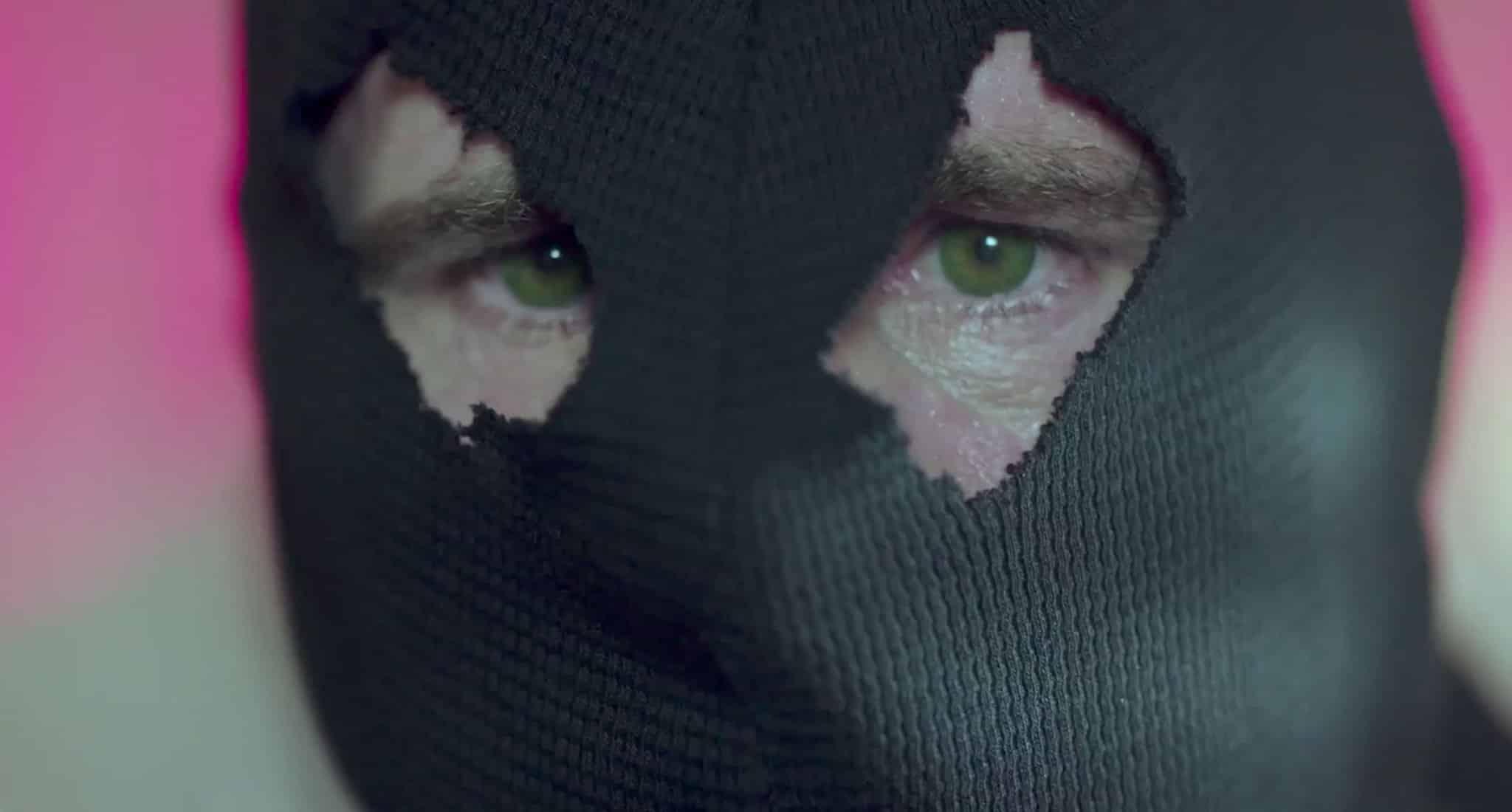 Myslíte, že The Black Hood naozaj skončil?, Zdroj: popsugar.com