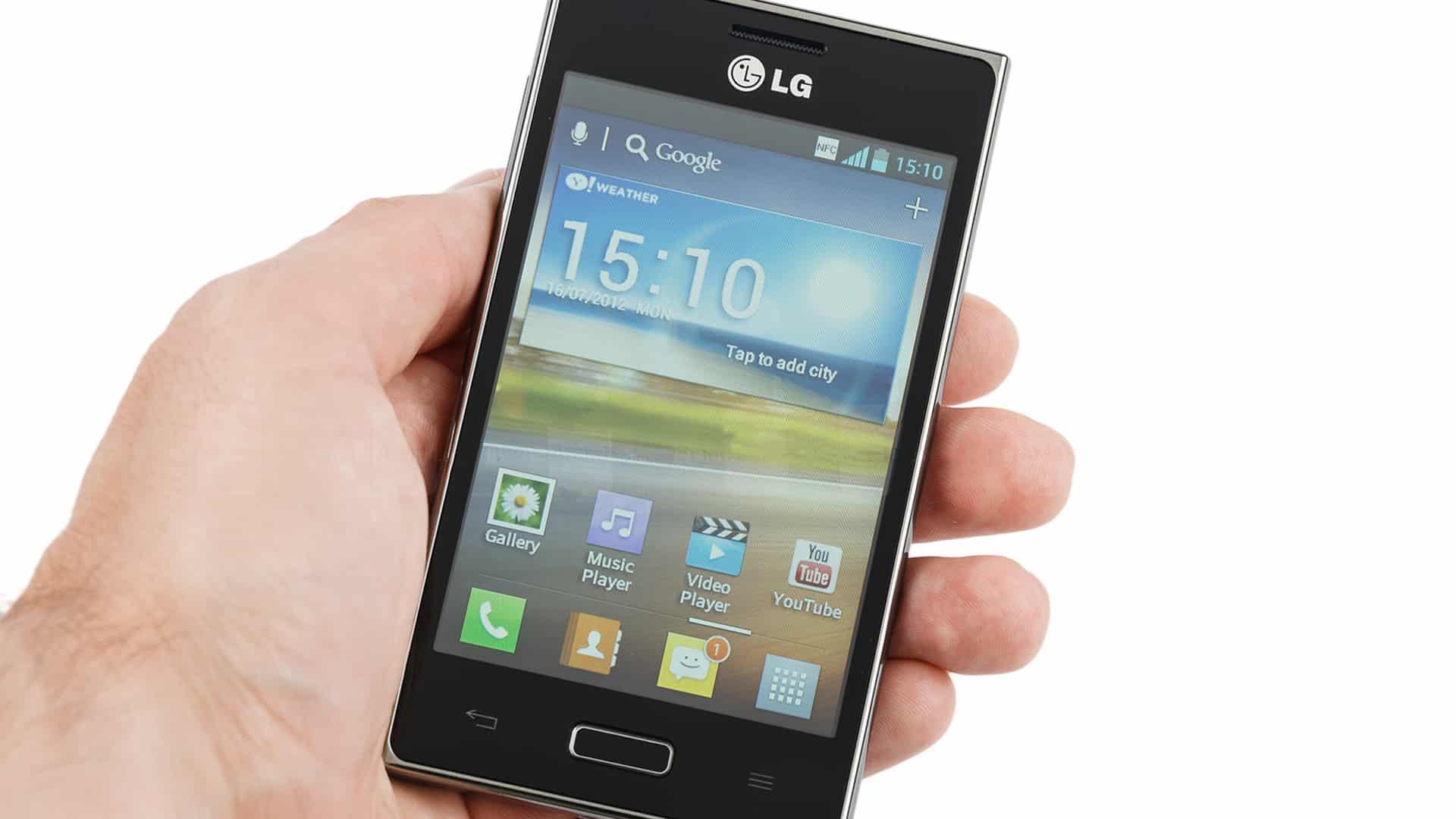 LG Optimus L5 (E610) RECENZIA