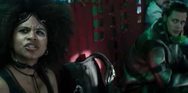 Je táto sedačka v predošlom Deadpool 2 trailer naozaj voľná?