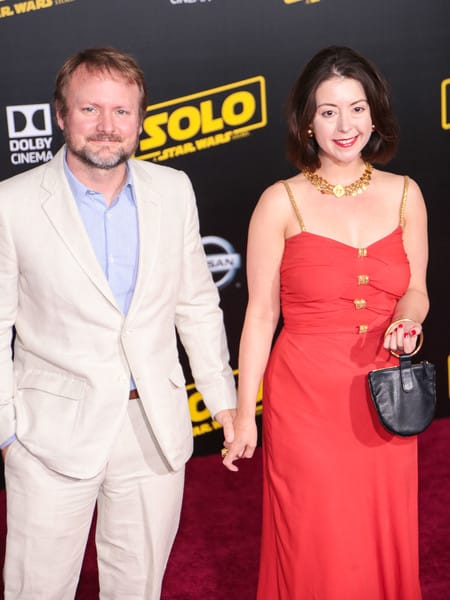 Rian Johnson so svojou partnerkou