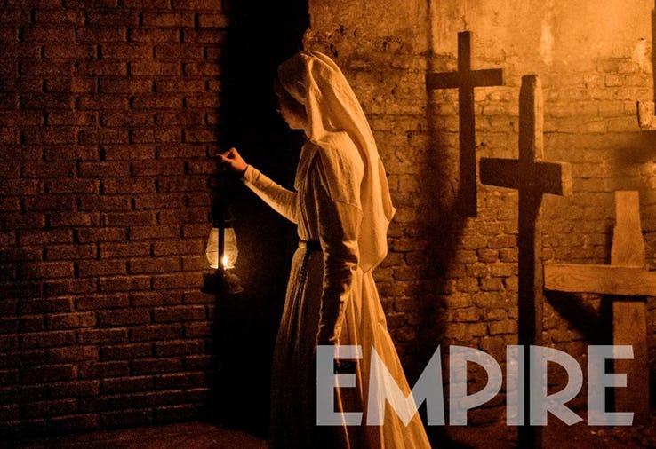 Prvá fotka z filmu The Nun