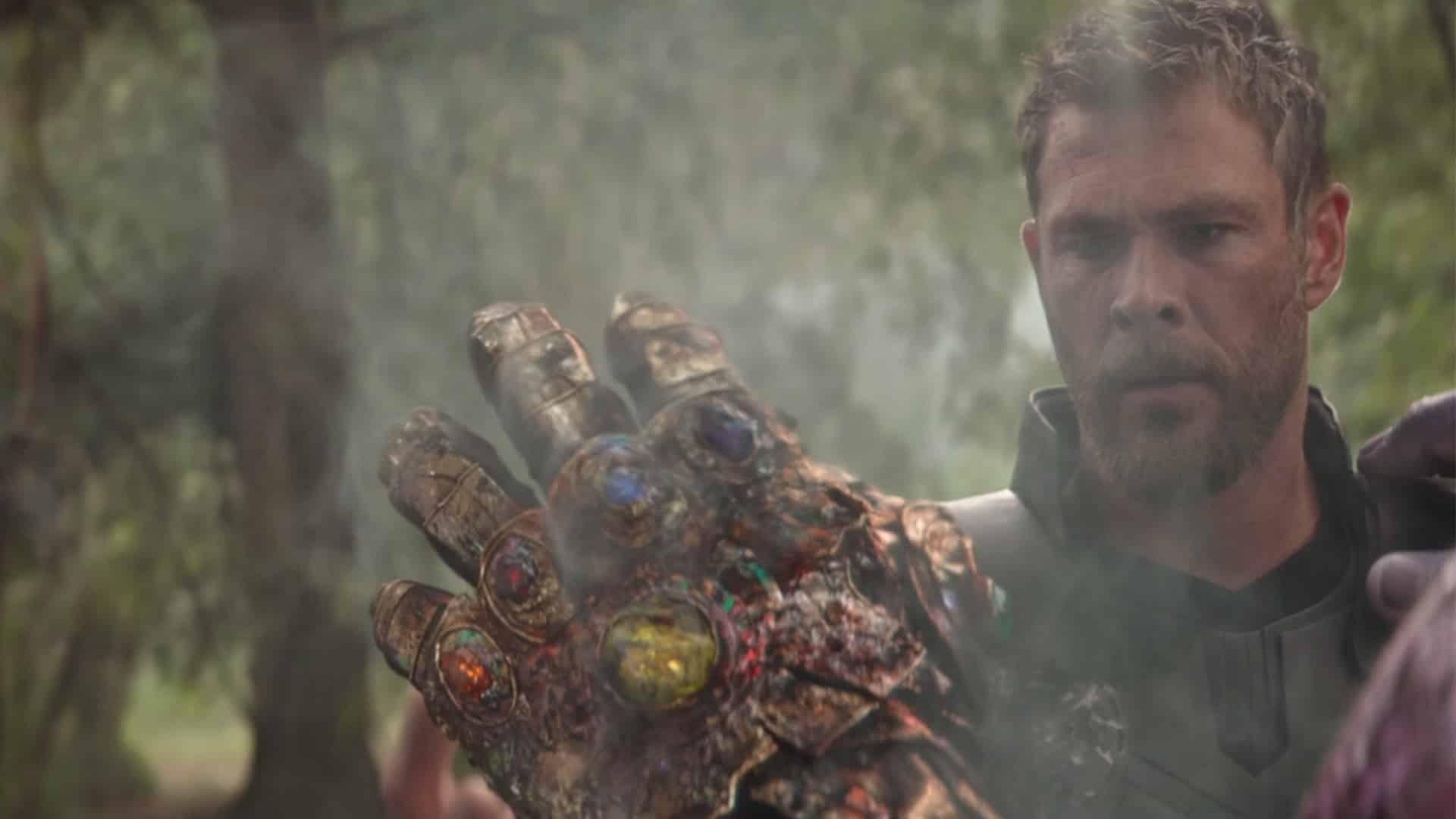 Thanosova rukavica na konci Infinity War