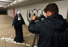 prank s mníškou