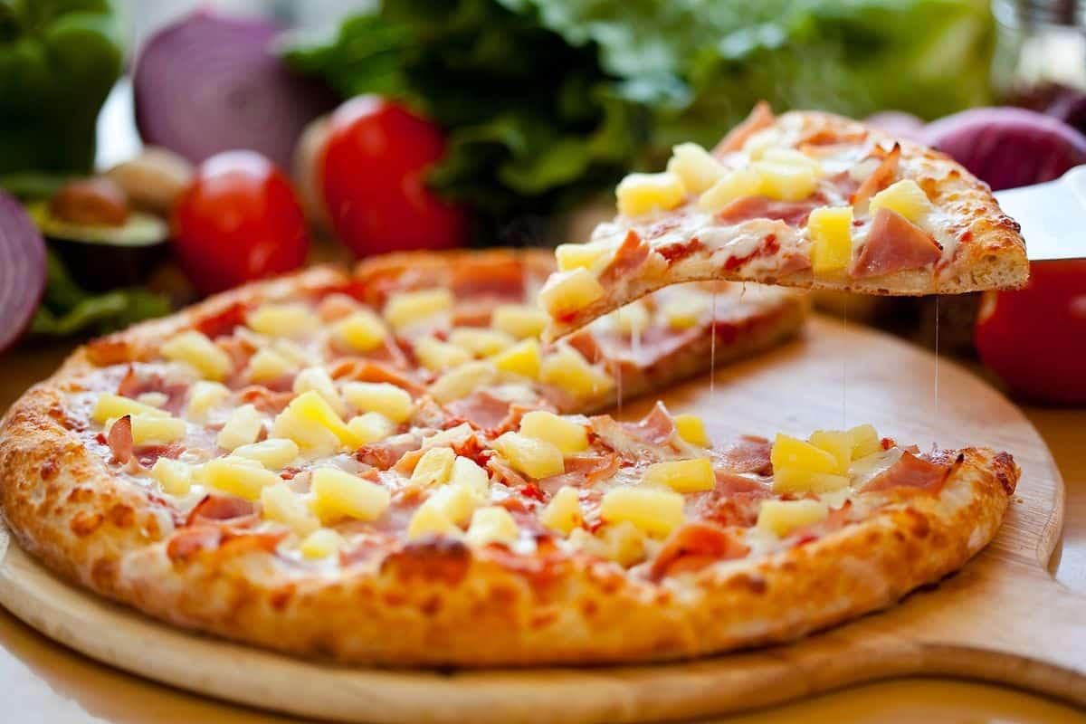 patrí ananás na pizzu dwayne the rock johnson