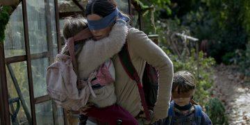 TOP 5 vecí, ktoré ste si nevšimli v novom filme Bird Box