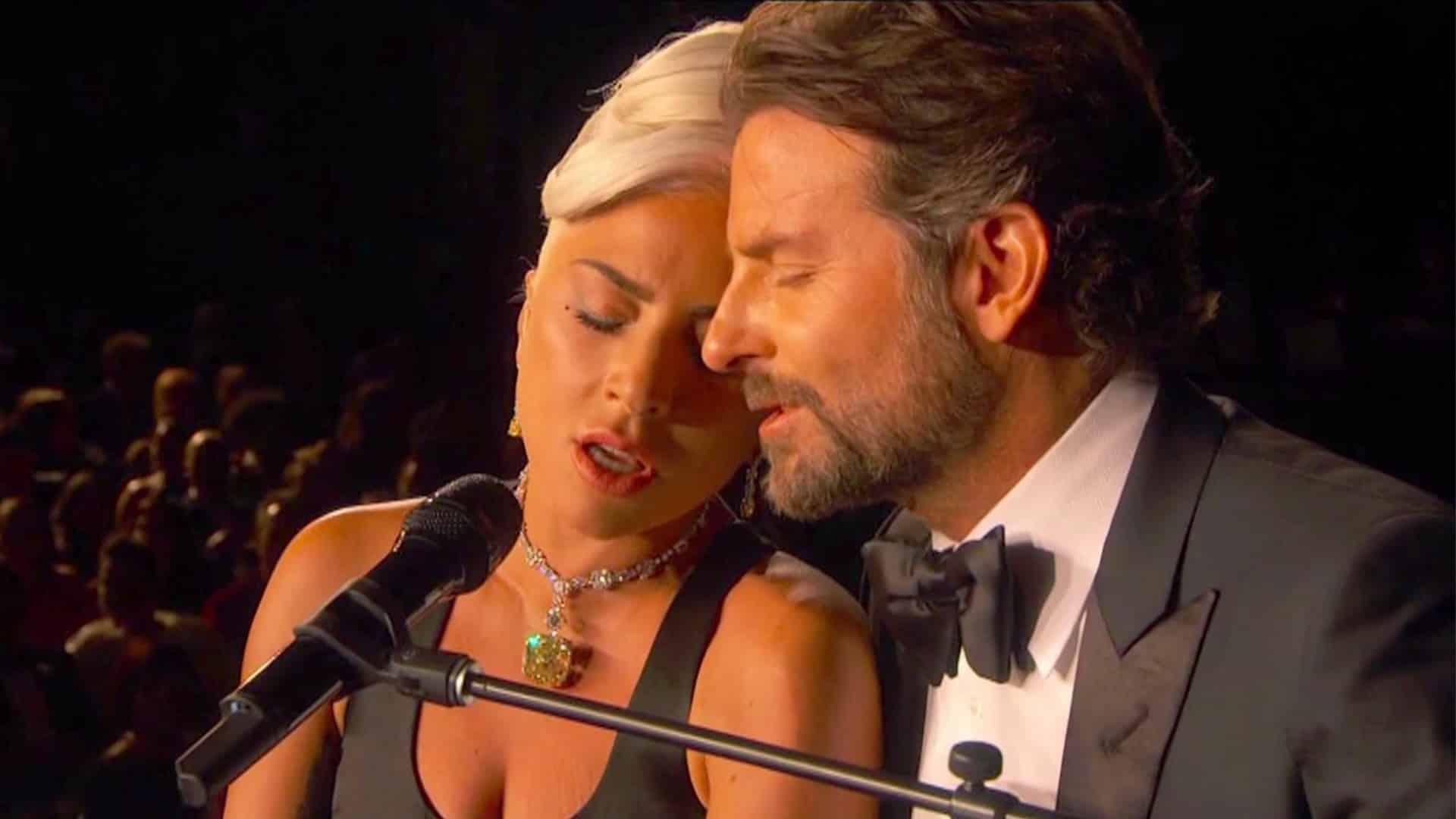 Bradley Cooper a Lady Gaga