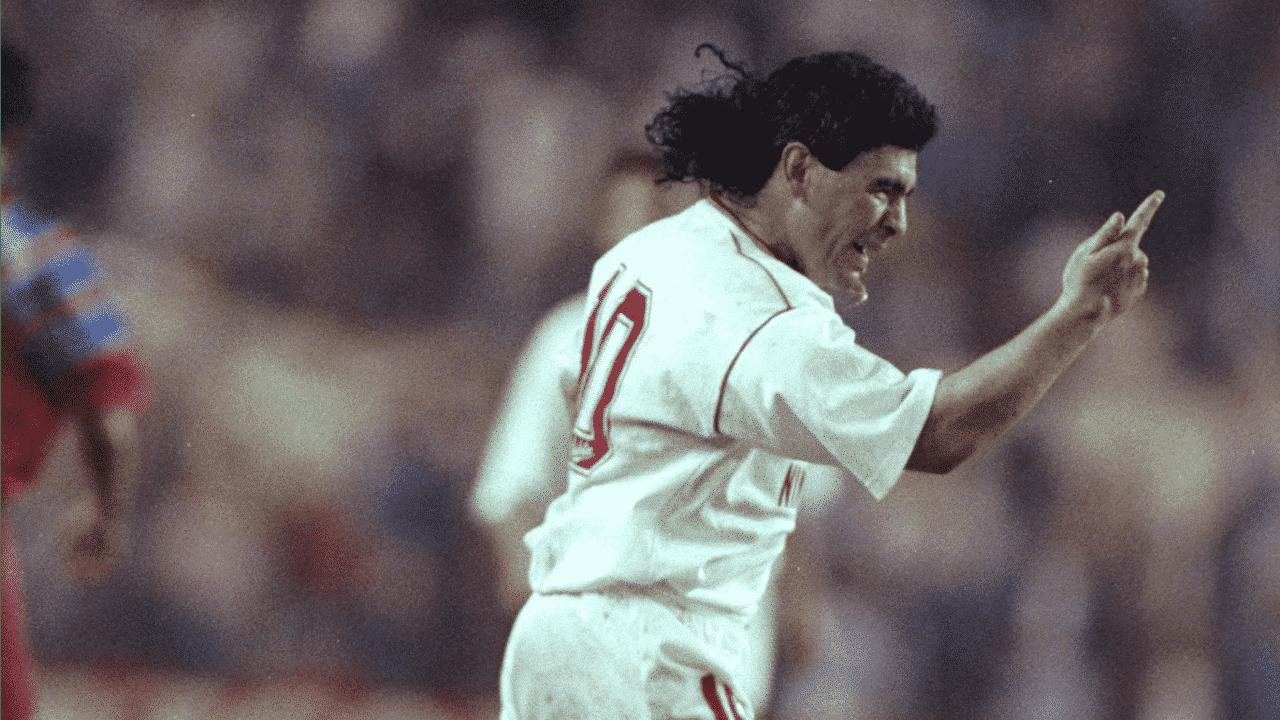 Diego Maradona recenzia