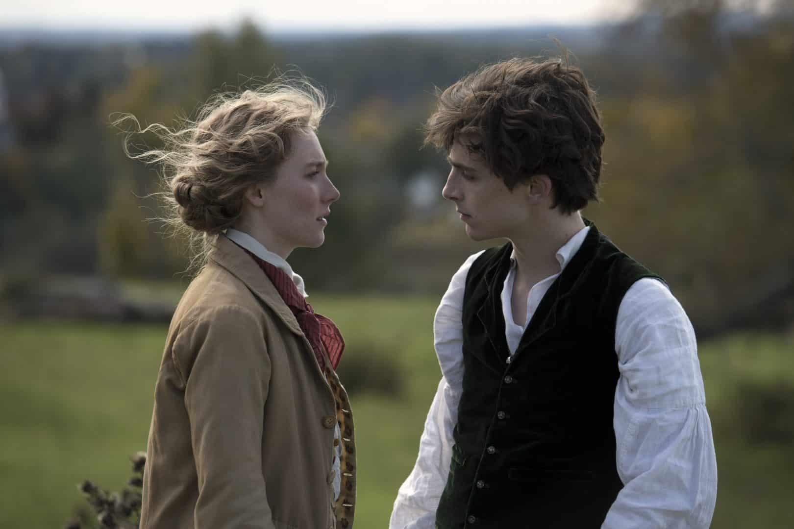 Saoirse Ronan a Timothée Chalamet malé ženy