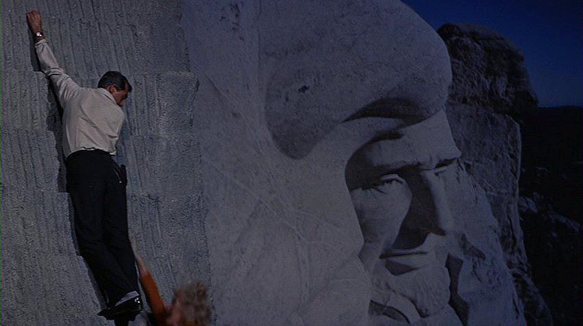 Na sever severozápadnou dráhou - Mount Rushmore