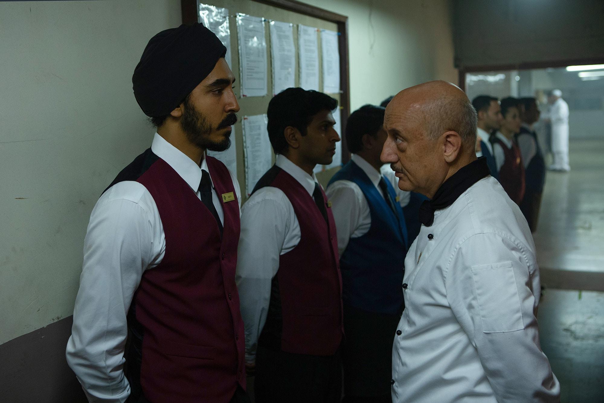 hotel-mumbai zamestnanci