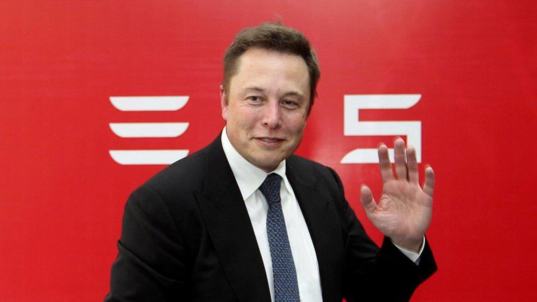Elon musk tesla tovaren