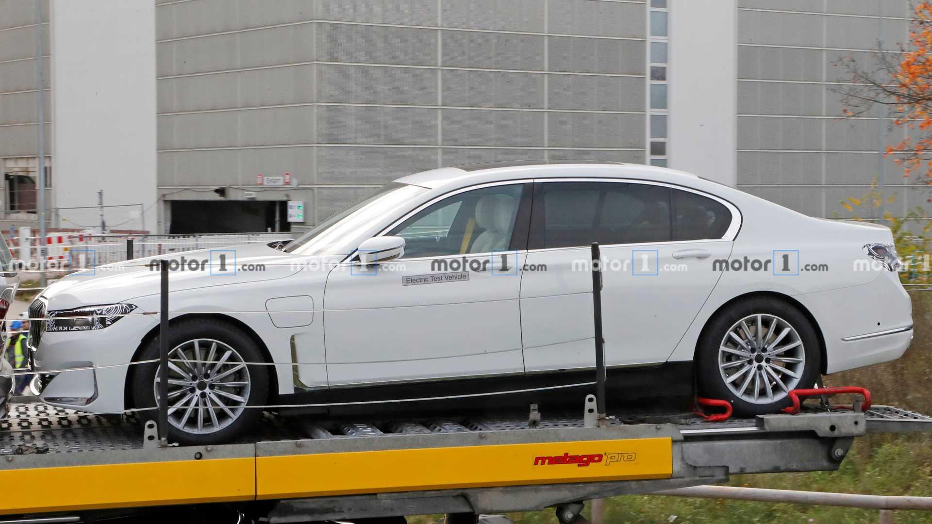 elektrické BMW 7