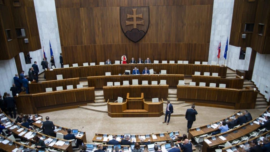 bomba v parlamente