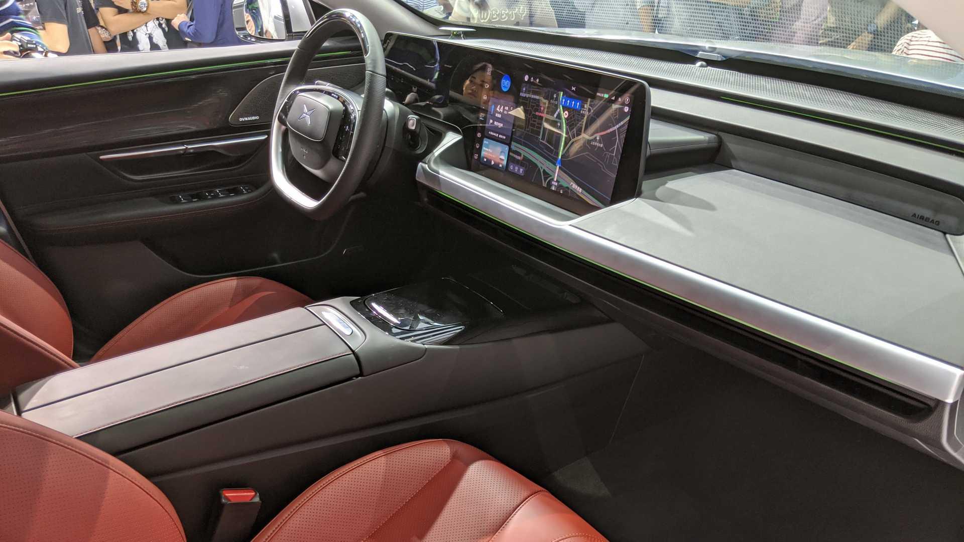 cinsky elektromobil