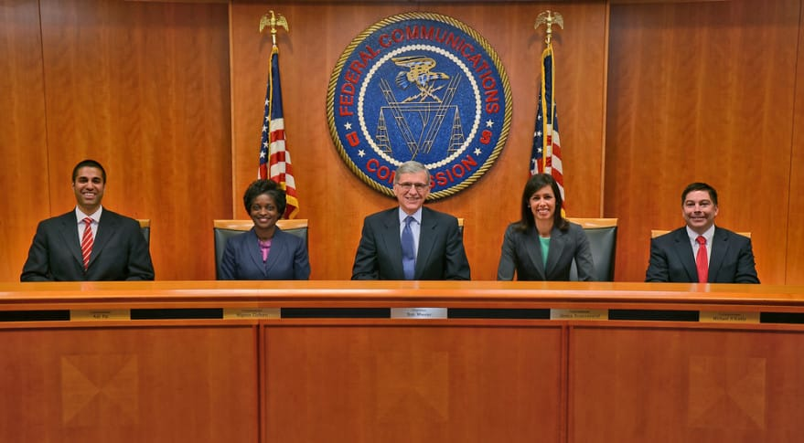 fcc federálna komisia pre komunikáciu