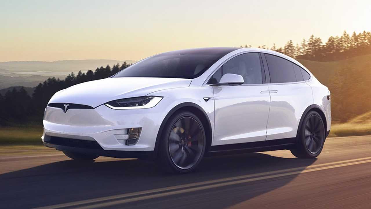Tesla Model X dojazd