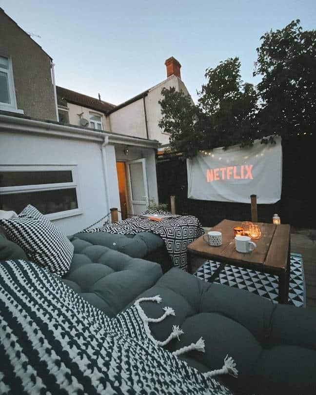 domáce kiná v záhradách 1