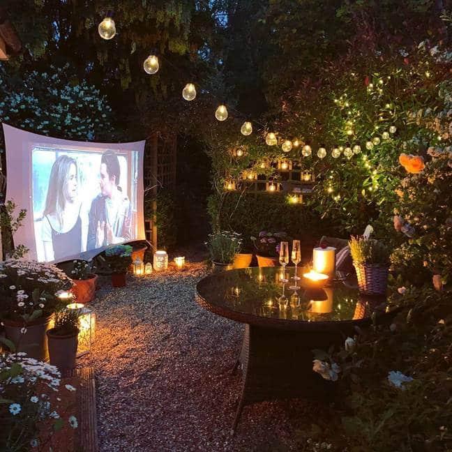 domáce kiná v záhradách 2