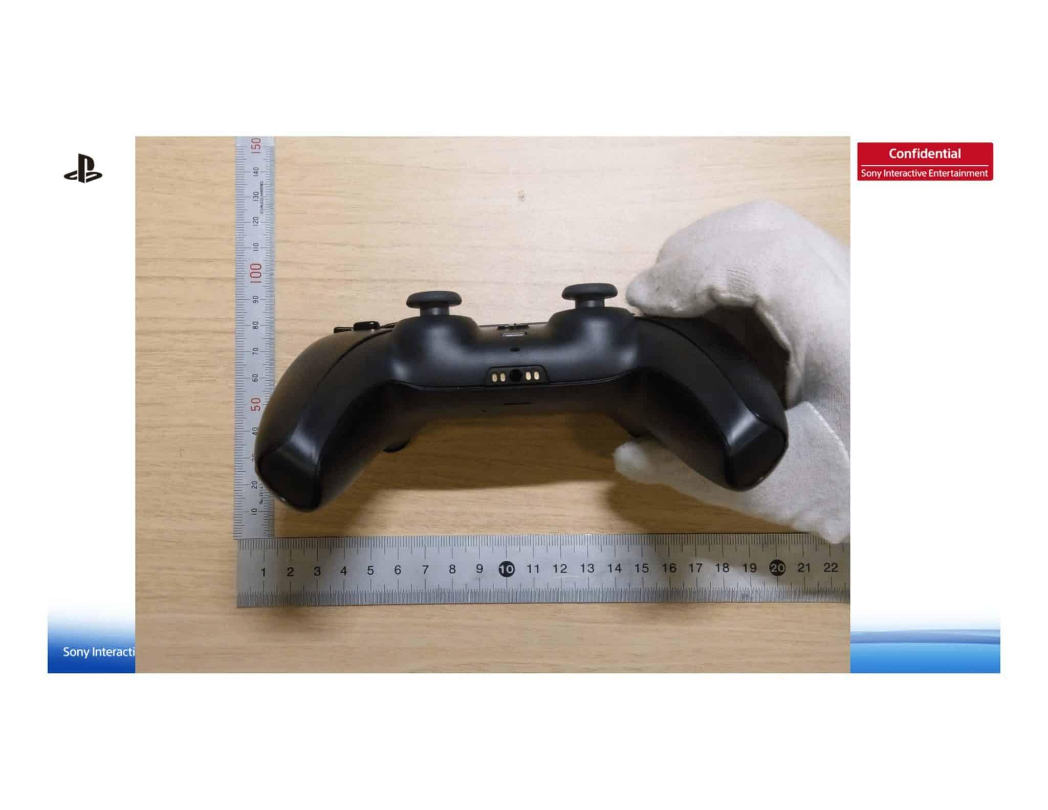 čierny ovládač k PlayStation 5